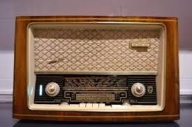 DE LA RADIO A LOS DISCOS